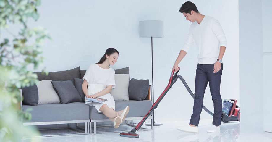 Cylinder Type Vacuum Cleaners